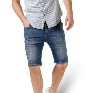 NWT DUER Mens L2X Commuter Denim Shorts Slim Fit